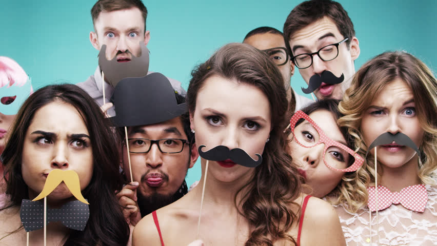 Things to consider when booking a photobooth